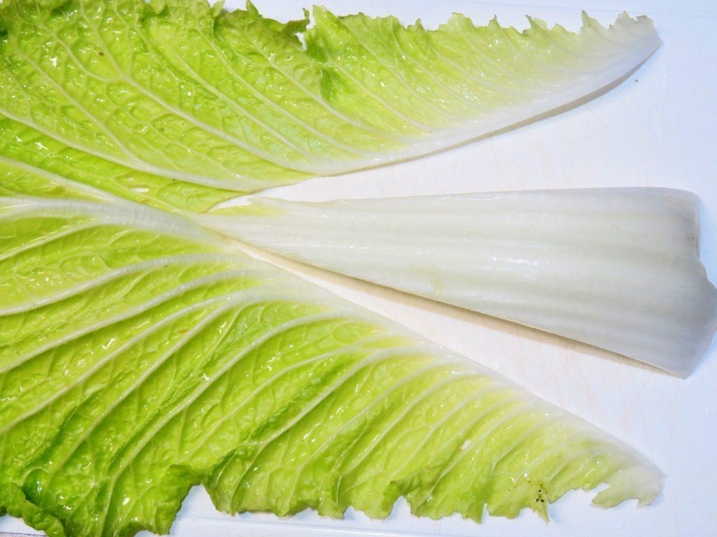 白菜 軸を切る